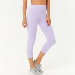 FOREVER 21 Purple/Lilac Workout Cropped Leggings
